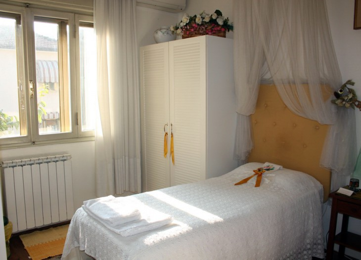 Gelbe Schlafzimmer foto 3